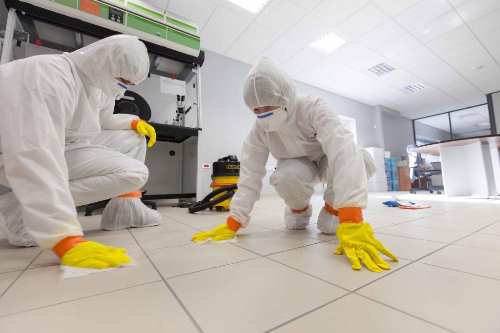 DEcontamination Experts